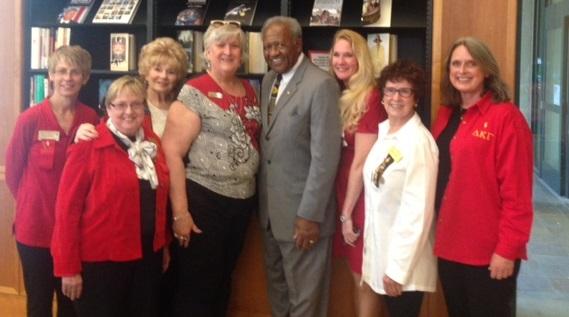 Dr  Mitchell w-Delta Kappa Gamma leaders