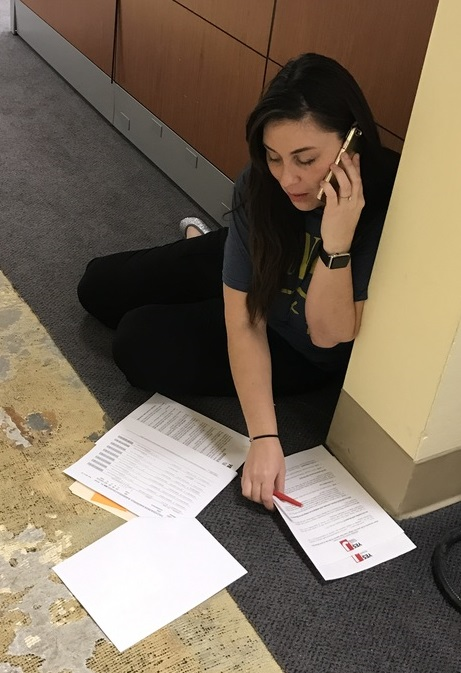 Andrea Thorson phone banking Oct 2016.jpg