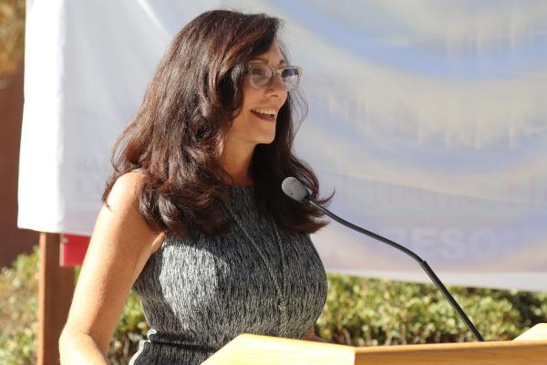凯伦·托马斯在VRC演讲