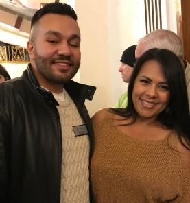 Lisa Kent和她的儿子2017年12月16日