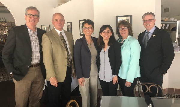Von Ton Quinllivan visits Bakersfield April 16 2018