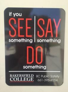 如果你看到什么说什么做什么公共安全标志