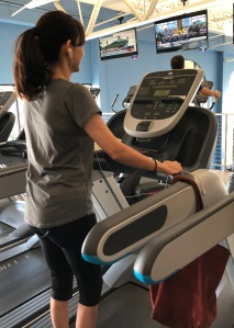 188金宝搏app苹果2018年6月7日,中断8周后,索尼娅·克里斯蒂安在跑步机上