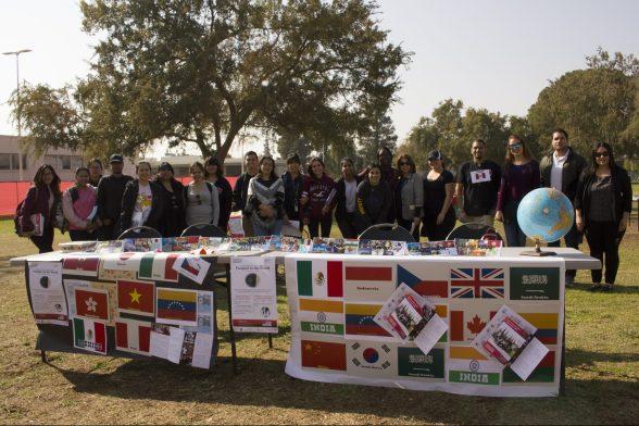 国际教育周学生