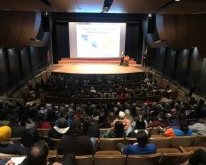 Temple Grandin crowd