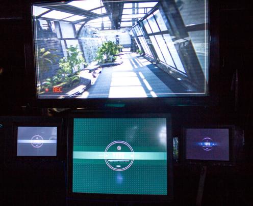 搜索和救援自动化硬件(Sarah)系统的模拟显示在美国陆军干卡车内。